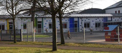 école maternelle cour